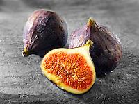 Fresh whole & cut figs