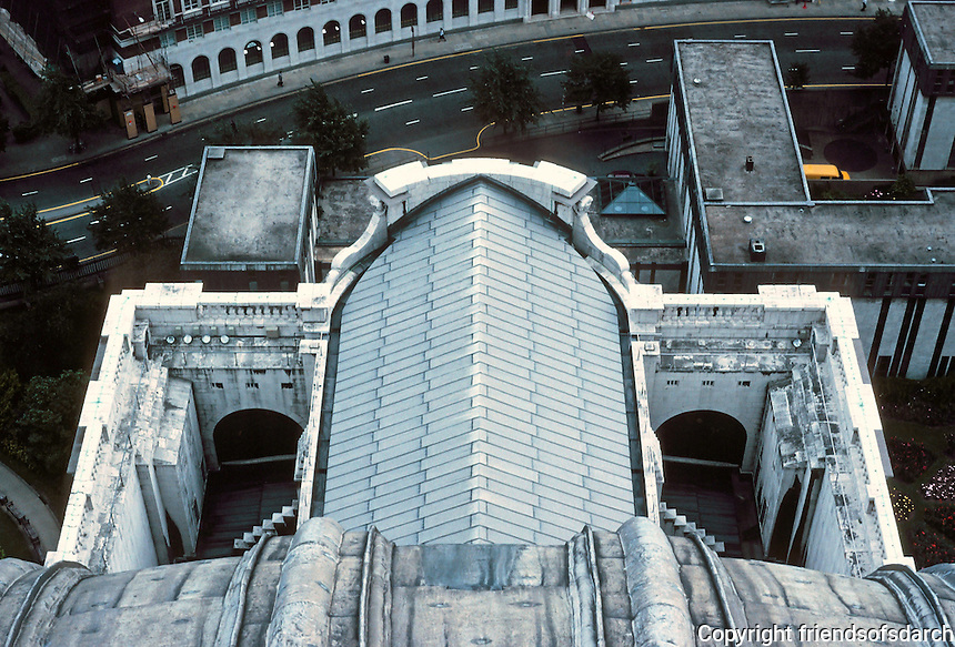 """Sir Christopher Wren: St. Paul's Cathedral--looking dow from dome, showing aisle roofs, buttresses, and """"false front"""". Photo '90."""