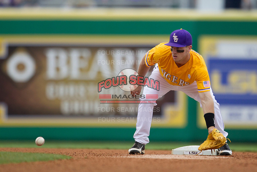 LSU Tigers shortstop Alex Bregman (8) waits for a throw at second base before a Southeastern Conference baseball game against the Texas A&M Aggies on April 25, 2015 at Alex Box Stadium in Baton Rouge, Louisiana. Texas A&M defeated LSU 6-2. (Andrew Woolley/Four Seam Images)