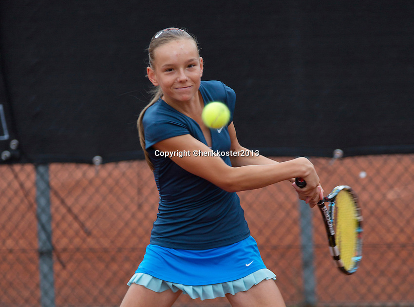 07-08-13, Netherlands, Rotterdam,  TV Victoria, Tennis, NJK 2013, National Junior Tennis Championships 2013, Perla Nieuwboer<br /> <br /> <br /> Photo: Henk Koster
