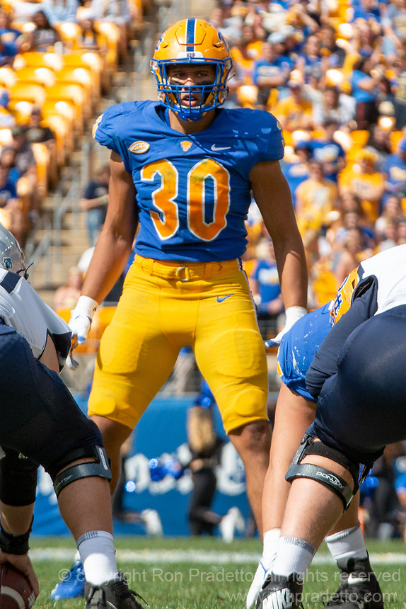 Pitt linebacker Brandon George. The Pitt Panthers defeated the New Hampshire Wildcats 77-7 at Heinz Field, Pittsburgh, Pennsylvania on September 25, 2021.