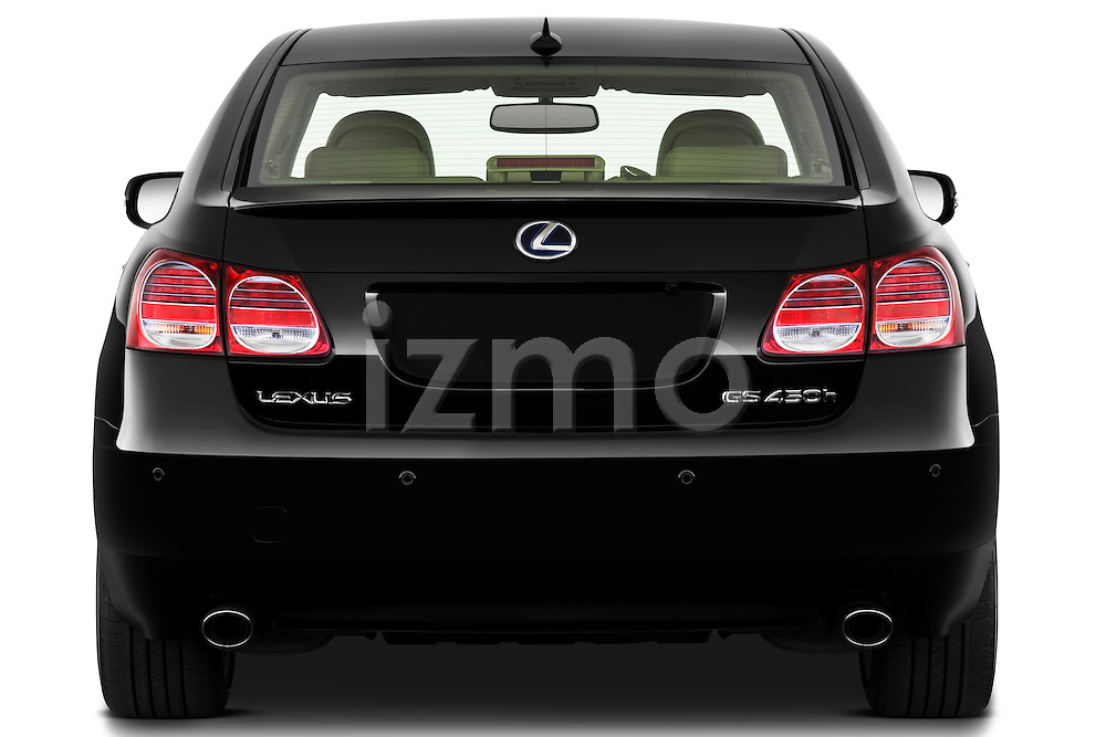 Straight rear view of a 2010 Lexus GS Hybrid