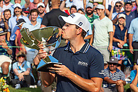5th September 2021: Atlanta, Georgia, USA;  Patrick Cantlay (USA)  kisses the FedExCup trophy after winning the PGA TOUR Championship on September 5, 2021 at East Lake Golf Club in Atlanta, GA. (Photo by John Adams/Icon Sportswire)