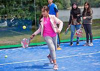 Den Bosch, Netherlands, 08 June, 2016, Tennis, Ricoh Open, Kidsday Padel tennis <br /> Photo: Henk Koster/tennisimages.com