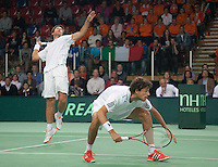 08-05-10, Tennis, Zoetermeer, Daviscup Nederland-Italie, Dubbles Robin Haase and Igor Sijsling(L)