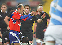 Richie McCaw indicates an attempt at goal for a penalty awarded by referee Romain Poite during the Rugby Championship international rugby test match between the All Blacks and Argentina at Westpac Stadium, New Zealand on Saturday, 8 September 2012. Photo: Dave Lintott / lintottphoto.co.nz