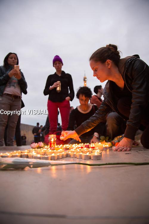 HOMMAGE AU VICTIMES DE LA TUERIE D'ORLANDO AU TROCADERO A PARIS