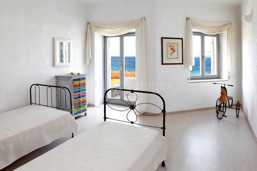 cycladic bedroom with sea view
