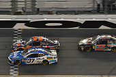 Monster Energy NASCAR Cup Series<br /> Daytona 500<br /> Daytona International Speedway, Daytona Beach, FL USA<br /> Sunday 18 February 2018<br /> Chris Buescher, JTG Daugherty Racing, Kleenex Chevrolet Camaro, Denny Hamlin, Joe Gibbs Racing, FedEx Express Toyota Camry, Matt DiBenedetto, Go Fas Racing, The Hurricane Heist Ford Fusion.<br /> World Copyright: John K Harrelson<br /> LAT Images