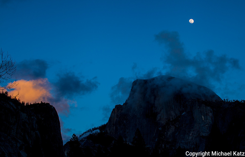 Halfdome, Cloud and Moon