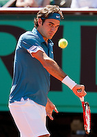 24-05-10, Tennis, France, Paris, Roland Garros, First round match, Roger Federer