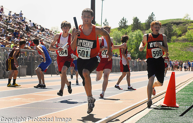 Inertia Photo/Dick Kettlewell:  Mt. Vernon looked to be in command of this heat of the 4x800 relay as they began the final leg.