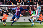 Ivan Rakitic of FC Barcelona (L) in action against Hugo Mallo Novegil of RC Celta de Vigo (R) during the La Liga 2017-18 match between FC Barcelona and RC Celta de Vigo at Camp Nou Stadium on 02 December 2017 in Barcelona, Spain. Photo by Vicens Gimenez / Power Sport Images