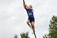 FIERLJEPPEN: WINSUM: 29-07-2020, 1e Klasse Fierljeppen, ©foto Martin de Jong