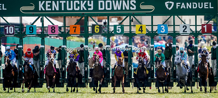 November 9, 2021: Scenes from the Eclipse Sportswire Photo Workshop at Kentucky Downs in Franklin, Kentucky, photo by Charles Toler/Eclipse Sportswire Photo Workshop