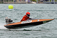 195-M  (Outboard Marathon Runabout)<br /> <br /> Trenton Roar On The River<br /> Trenton, Michigan USA<br /> 17-19 July, 2015<br /> <br /> ©2015, Sam Chambers