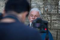 """Eraldo Peres, fotógrafo documentarista, dá entrevista a Joédson Alves para o documentário """"A Culpa é da Foto""""<br /> Brasilia, Brasil.<br /> Foto Paulo Santos<br /> 02/08/2015"""