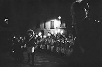 Storico Carnevale di Ivrea, il rituale di origine medioevale della bruciatura dello scarlo --- Historic Carnival of Ivrea, the medieval ritual of burning of the Scarlo