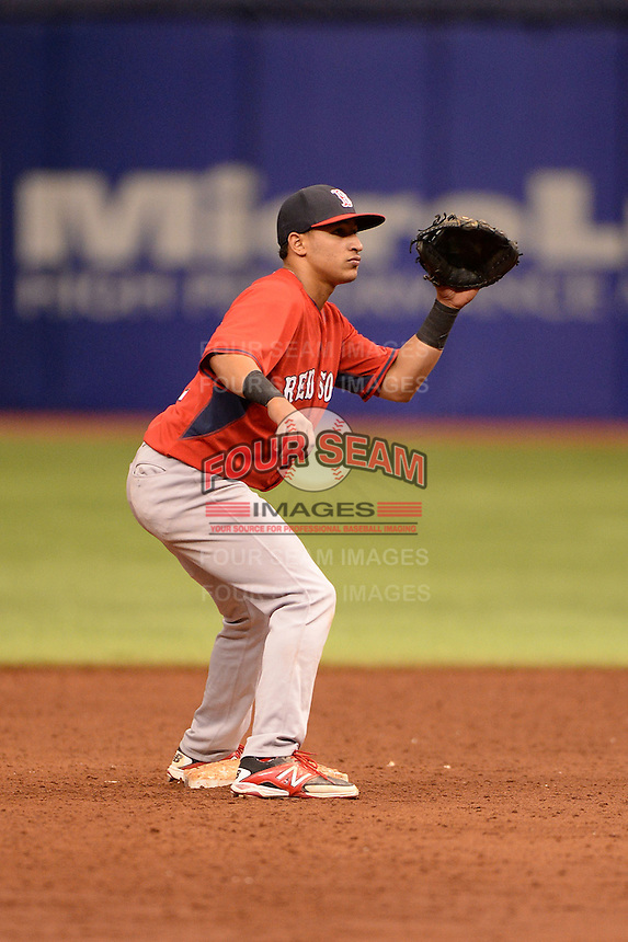 Boston Red Sox shortstop Jeremy Rivera (11) during an Instructional League game against the Tampa Bay Rays on September 25, 2014 at Tropicana Field in St. Petersburg, Florida.  (Mike Janes/Four Seam Images)