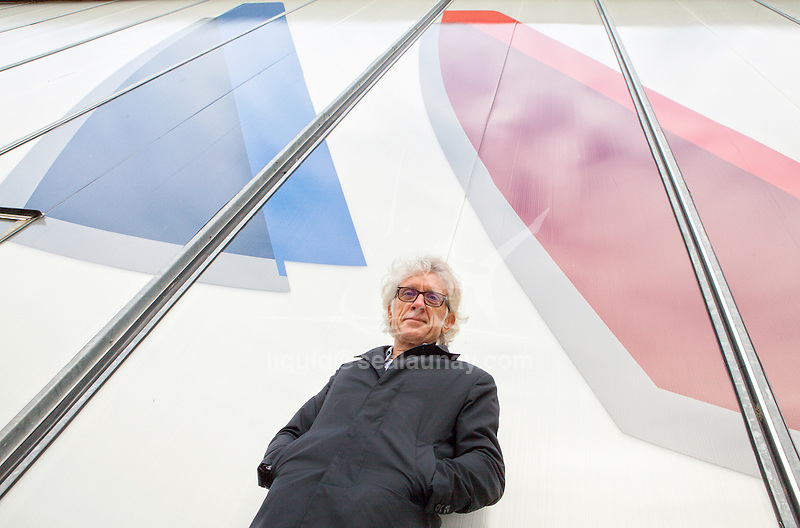Martin Fisher.<br />PhD in fluid mechanics, Martin Fischer works also as a naval architect. He is considered as one of the fast multihulls specialists.