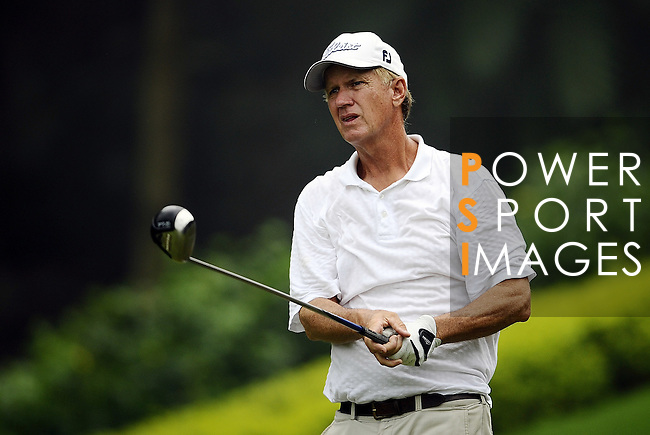 TAIPEI, TAIWAN - NOVEMBER 18:  Kurt Cox of USA tees off on the 16th hole during day one of the Fubon Senior Open at Miramar Golf & Country Club on November 18, 2011 in Taipei, Taiwan.  Photo by Victor Fraile / The Power of Sport Images