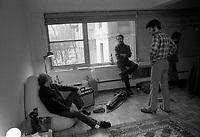 Leo Ferre et Robert Charlebois a Montreal, date inconnue (vers 1969)<br /> <br /> <br /> Photo d'archives : agence Quebec Presse  - Alain Renaud