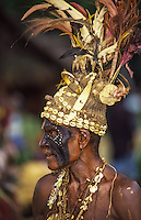 Oceania,Papua New Guinea, highland festival, old Kalawari warrior portrait