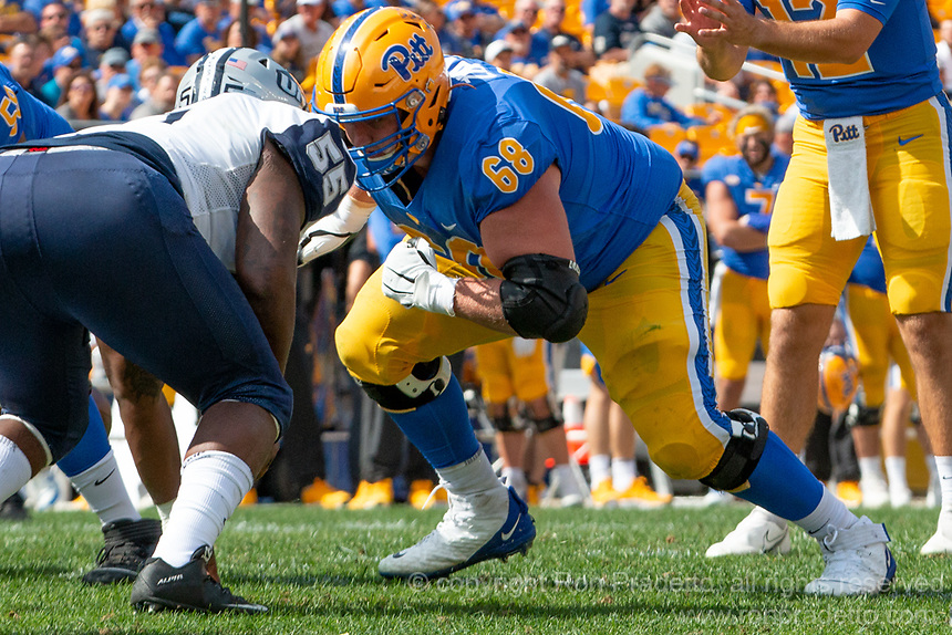 Pitt offensive lineman Blake Zubovic. The Pitt Panthers defeated the New Hampshire Wildcats 77-7 at Heinz Field, Pittsburgh, Pennsylvania on September 25, 2021.