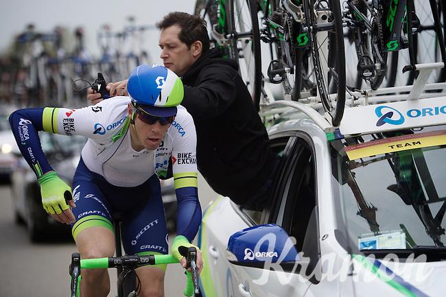 Paris-Roubaix winner (only 3 days earlier) Mathew Hayman (AUS/Orica-GreenEDGE) is given a new race radio along the way<br /> <br /> 56th De Brabantse Pijl - La Flèche Brabançonne (1.HC)