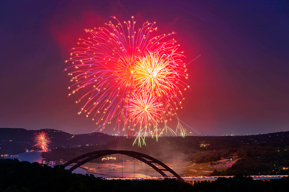 Watching the 4th of July fireworks from the panoramic view from the 360 Pennybacker Bridge Overlook near is spectacular experience, and even more so when you add in fireworks.
