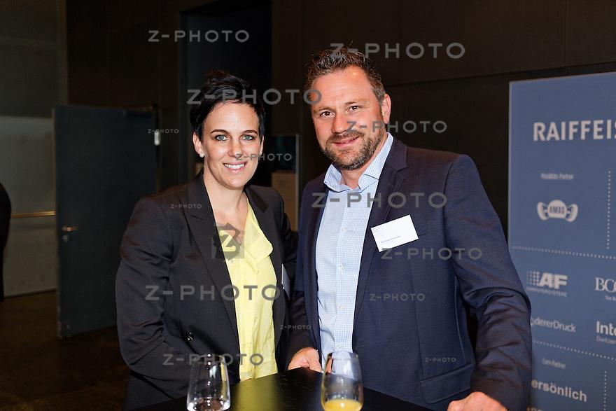 v.l.n.r. Nadine Borter - Contexta AG, Matthias Schneider- Coca‑Cola Schweiz GmbH am SwissMediaForum am 23. Mai 2013 im KKL Luzern<br /> <br /> Copyright © Zvonimir Pisonic