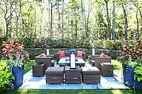 Outdoor Living Spaces & Gardens