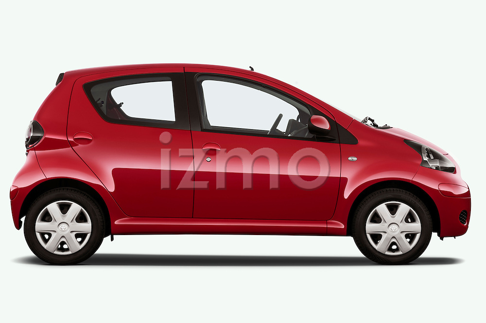 Passenger side profile view of a 2010 Toyota Aygo + 5 Door Microcar.