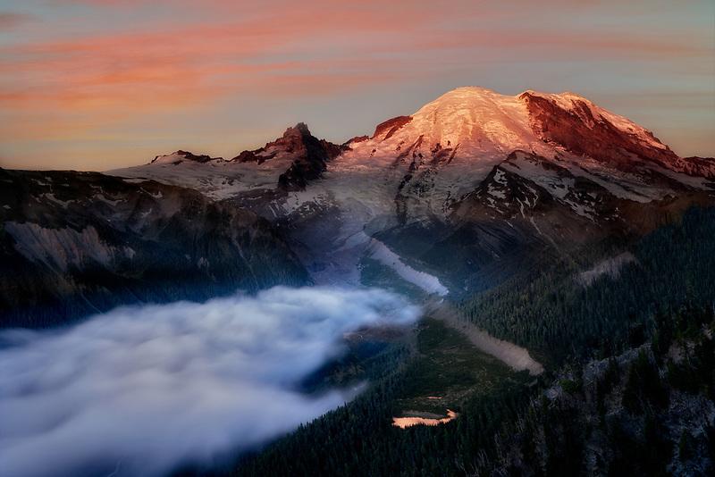 Mt. Rainier at sunsie from Sunrise Point. Mt. Rainier National Park, Washington