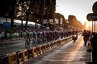sunset peloton rolling over the Champs-Elysées<br /> <br /> Stage 21: Rambouillet to Paris (128km)<br /> 106th Tour de France 2019 (2.UWT)<br /> <br /> ©kramon