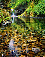 Punchbowl Falls. Columbia River Gorge. Oregon.