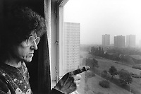 England. Greater Manchester. Salford. Women living in poverty. Dot is 62 years old. She lives alone in a flat in a council house with her retirement pension. She is bored, depressed, lonely, fed-up and does not see her two daughters anymore. Salford is a city in the Metropolitan Borough of Salford in Greater Manchester. North West England is one of nine official regions of England. © 1990 Didier Ruef