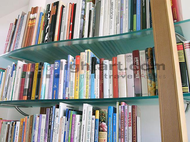 Homestory bei der Familie Dr. Engler in Grabs..Hochhausweg1..©Photo: Paul J.Trummer, Mauren / Liechtenstein .www.travel-lightart.com..LEICA DIGILUX 2.
