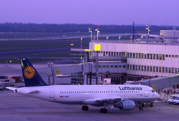 Europe, DEU, Germany, Northrhine Westphalia, Rhineland, Lower Rhine, Dusseldorf, Airport  Dusseldorf International, Lufthansa Airplane, Aeroplane at twilight....[ For each utilisation of my images my General Terms and Conditions are mandatory. Usage only against use message and proof. Download of my General Terms and Conditions under http://www.image-box.com or ask for sending. A clearance before usage is necessary...Material is subject to royalties. Each utilisation of my images is subject to a fee in accordance to the present valid MFM-List...Contact | archive@image-box.com | www.image-box.com ]