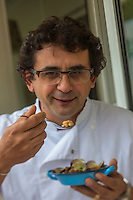 France, Gironde (33),Bassin d'Arcachon, Arcachon:  Stéphane SORE chef du restaurant : Le Noroit    //  France, Gironde, Bassin d'Arcachon, Arcachon:  Stéphane SORE chief  restaurant : Le Noroit