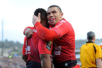 Bryan Habana of RC Toulon congratulates Steffon Armitage of RC Toulon after he scores a try during the European Rugby Champions Cup match between Bath Rugby and RC Toulon - 23/01/2016 - The Recreation Ground, Bath Mandatory Credit: Rob Munro/Stewart Communications