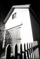 New England barn<br />