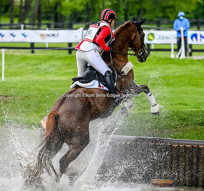 April 24, 2021: Lisa Marie Fergusson competes in the Cross Country phase of the Land Rover 5* 3-Day Event aboard Honor Me at the Kentucky Horse Park in Lexington, Kentucky. Scott Serio/Eclipse Sportswire/CSM