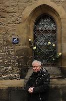 """Enthüllung der Europäischen Kulturerbe-Siegel an der Nikolaikirche und an der Gedenkstätte Museum in der """"Runden Ecke"""" in Leipzig (12.03.2012) - anwesend die sächsische Staatsministerin für Kultur / Kultusministerin Schorlemmer, Oberbürgermeister der Stadt Leipzig Burkhard Jung (SPD) - im Bild: der ehemalige Pfarrer der Nikolaikirche Christian Führer. Foto: aif / Norman Rembarz..Jegliche kommerzielle wie redaktionelle Nutzung ist honorar- und mehrwertsteuerpflichtig! Persönlichkeitsrechte sind zu wahren. Es wird keine Haftung übernommen bei Verletzung von Rechten Dritter. Autoren-Nennung gem. §13 UrhGes. wird verlangt. Weitergabe an Dritte nur nach  vorheriger Absprache. Online-Nutzung ist separat kostenpflichtig.."""