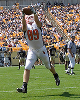 Bowling Green tight end Jimmy Scheidler makes a three-yard touchdown catch. The Bowling Green Falcons defeated the Pitt Panthers 27-17 on August 30, 2008 at Heinz Field, Pittsuburgh, Pennsylvania.