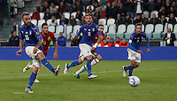 Italy Daniele De Rossi scores the equalizer goal on a penalty kick during the Fifa World Cup 2018 qualification soccer match between Italy and Spain at Turin's Juventus Stadium, October 6, 2016. The game ended 1-1.<br /> UPDATE IMAGES PRESS/Isabella Bonotto