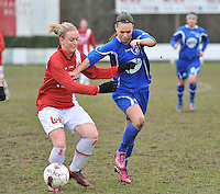 AA Gent Ladies - RAEC Mons : Jassina Blom in duel met Melissa Thil (links).foto Joke Vuylsteke / Vrouwenteam.be