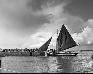 Kinvara - Bob Quinn explores maritime links between Ireland and north Africa in the Atlantean project