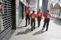 """- volunteers of  """"City Angels"""" association in security service for Milan Municipality around the Central Station<br /> <br /> - volontari dell'associazione """"City Angels"""" in servizio di sicurezza per il Comune di Milano intorno alla Stazione Centrale"""