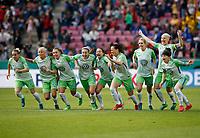 Football, Koeln, Germany , DFB-Pokalfinale wifeen,, <br />VFL Wolfsburg (WOB ) vs. FC Bayern M Muenchen 3-2 n.E.  Rhein-Energie stadium  in Koeln19. 05. 2018<br />Isabel KERSCHOWSKI (VFL), Pernille HADER (VFL) , Noelle MARITZ (VFL) ,Zsanett JAKABFI (VFL) ,  Joelle  WEDEMEYER (VFL) , Sara Bjšrk GUNNARSDOTTIR (VFL), Lena GOESSLING(VFL) Nilla FISCHER (VFL) and Ella MASAR (VFL) v.n.-<br /><br /><br /> *** Local Caption *** © pixathlon<br /> Contact: +49-40-22 63 02 60 , info@pixathlon.de
